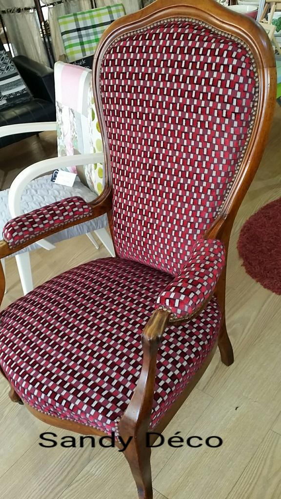 fauteuil voltaire r nov tissu casal. Black Bedroom Furniture Sets. Home Design Ideas