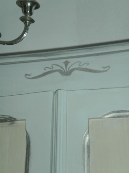 Armoire peinte avec trois gris nuancée