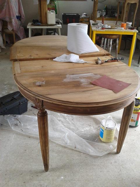 Table Style L.XVI Avant.